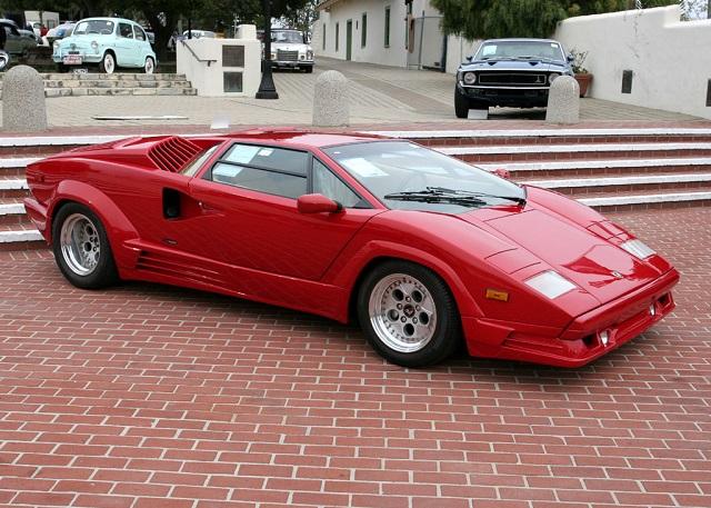 5 Best Classic Lamborghini Automobiles