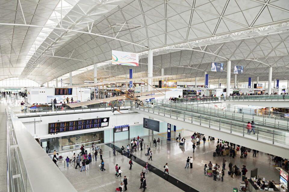 hsc_stories_layover-airports_hong-kong-international-airport