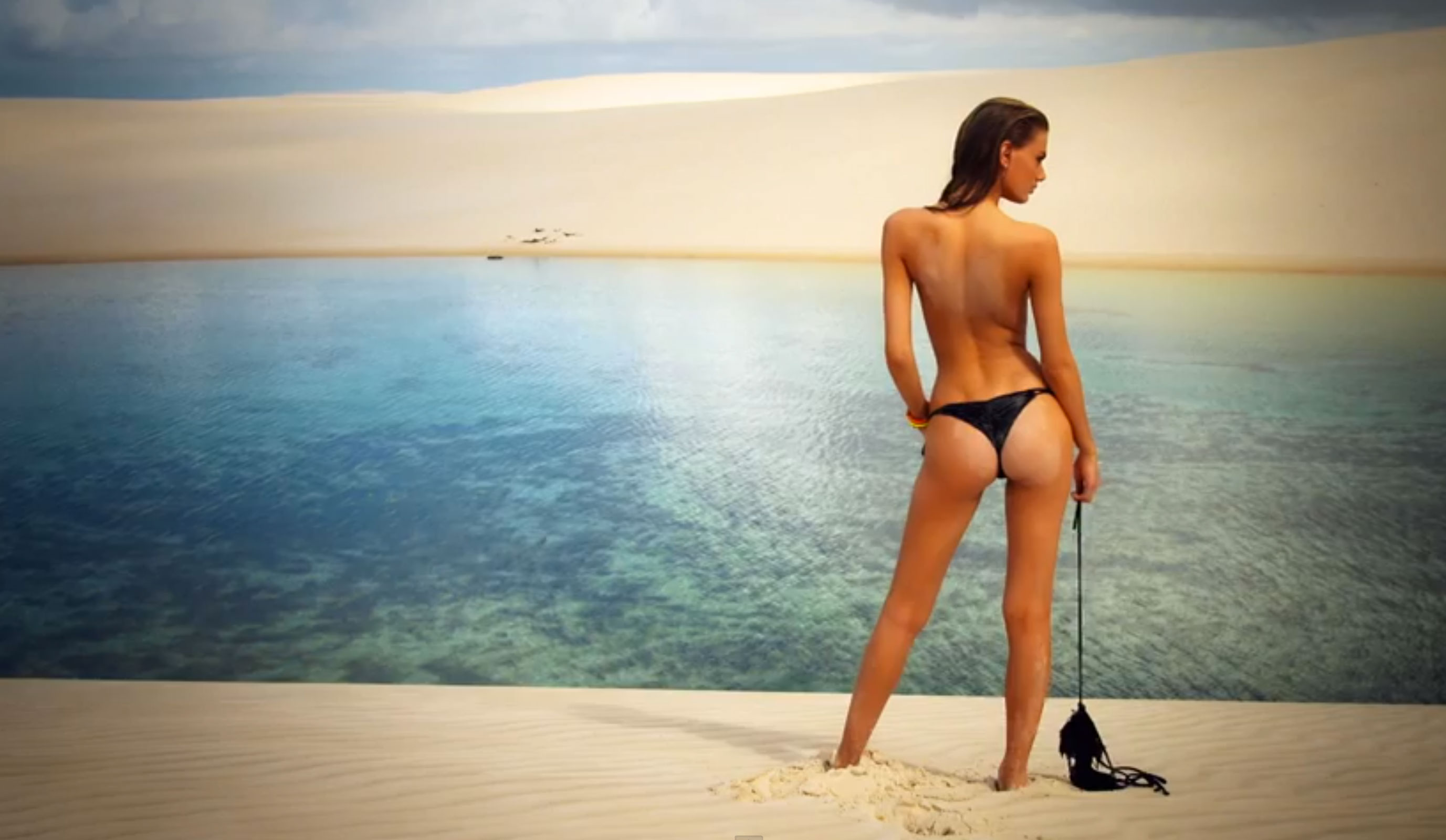 SI SWIMSUIT 2014 cover image