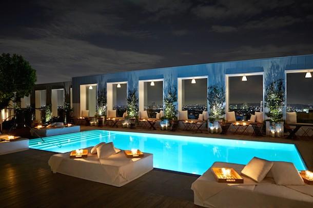 Skybar_Nighttime-Pool1