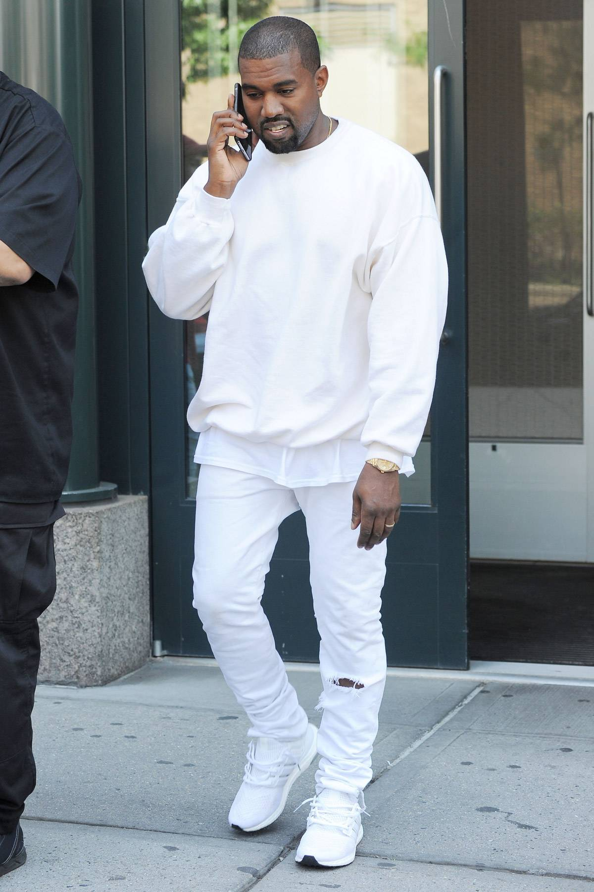How To Get Kanye West S Style The Master Of Zero F Cks Fashion