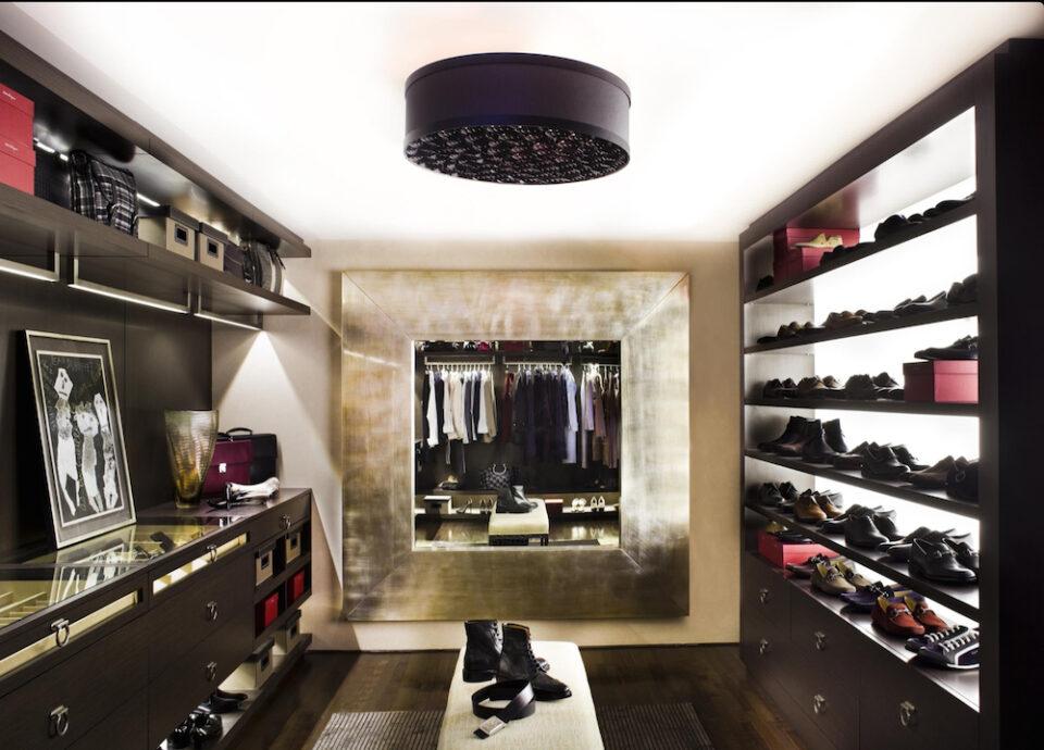 21 amazing masculine closet ideas for Amazing closets