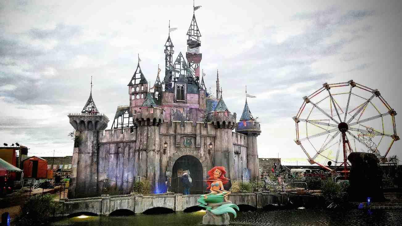 Video Tour Banksys Dismaland Bemusement Park on Forces And Motion