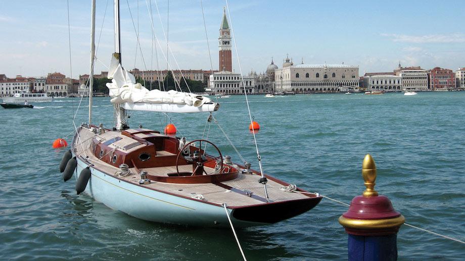 james bond yacht casino royale