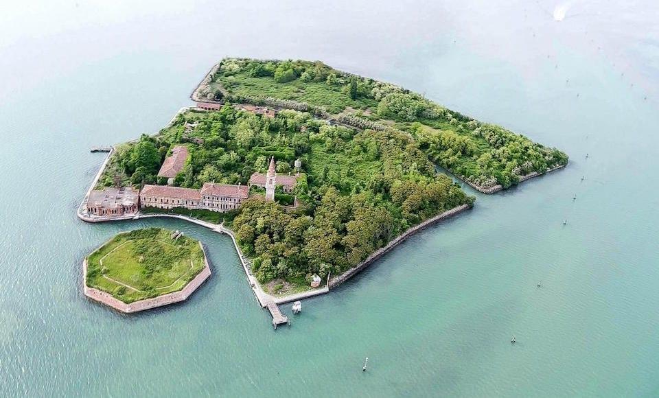 Khám phá hòn đảo bí ẩn nhiều ma nhất thế giới