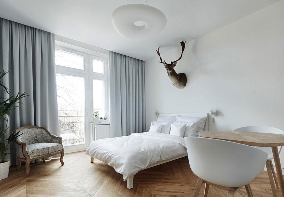 Minimalist Polish Apartment Is Female Friendly Bachelor Pad