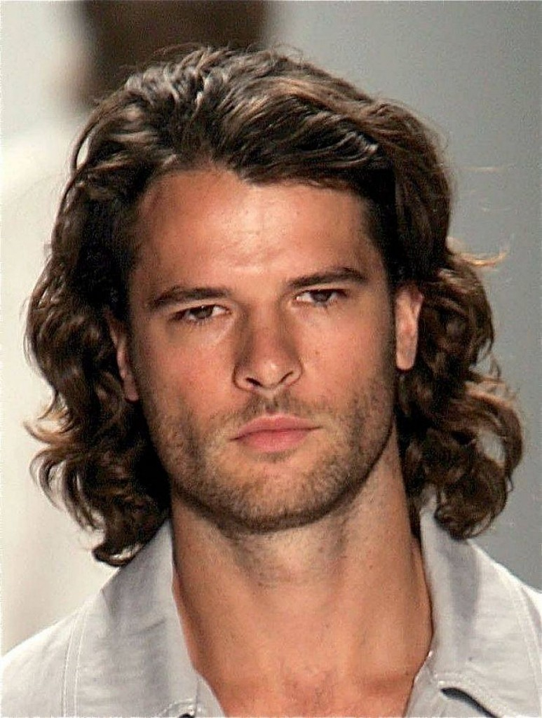 Best Curly Hairstyles Haircuts For Men 2020 Edition