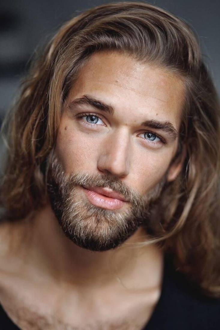 35 Incredible Long Hairstyles & Haircuts For Men