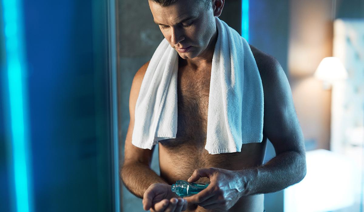 2,000 Australian Men Reveal Their Weirdest Worst Bathroom Habits