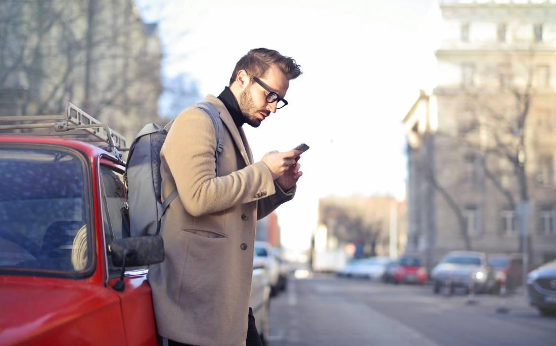 Researchers Find The Link Between Depression & Social Media