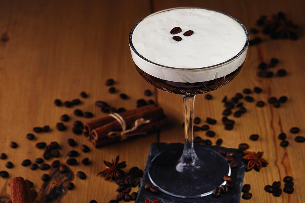 How To Make The Finest Espresso Martini 2021 Cocktail Recipe