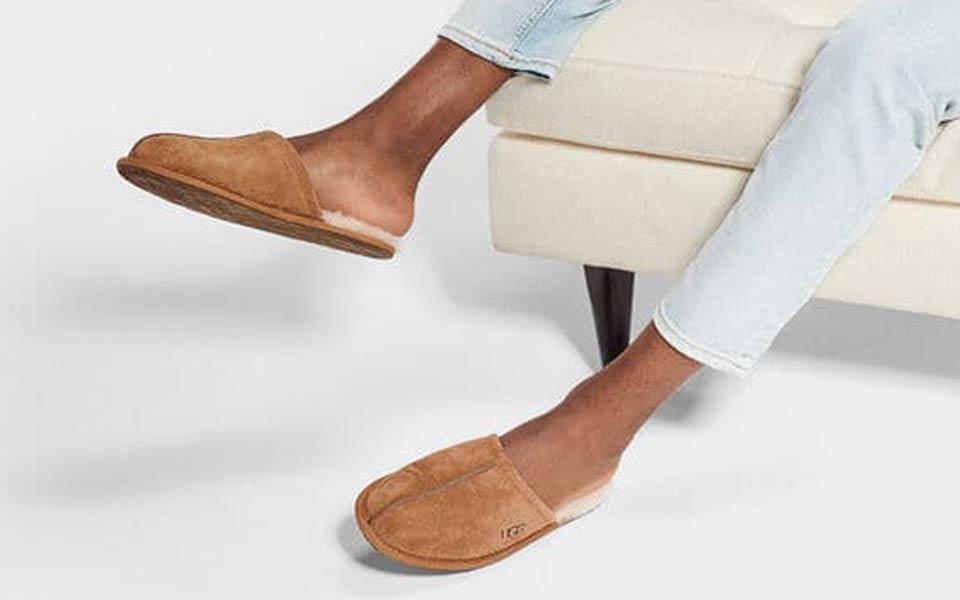 Best Slippers For Men [2020 Edition]