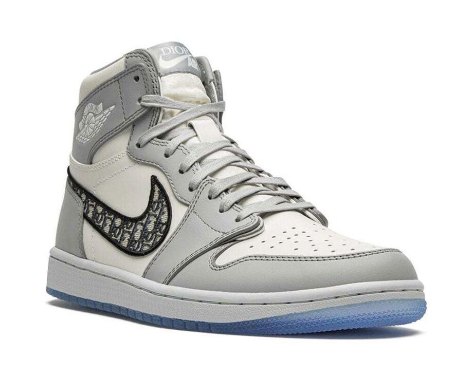 Jordan x Dior Sneakers