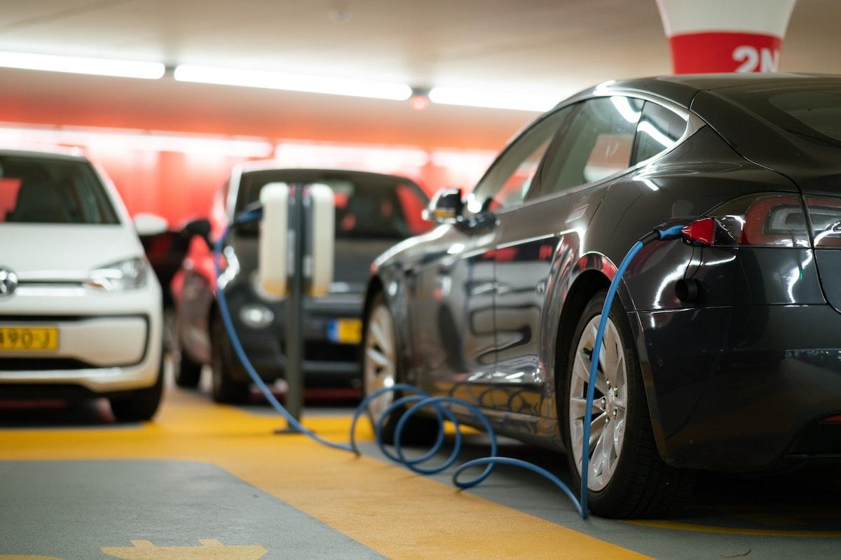 Elon Musk's Radical Tesla Battery Plan Could Change The Future Of Motoring