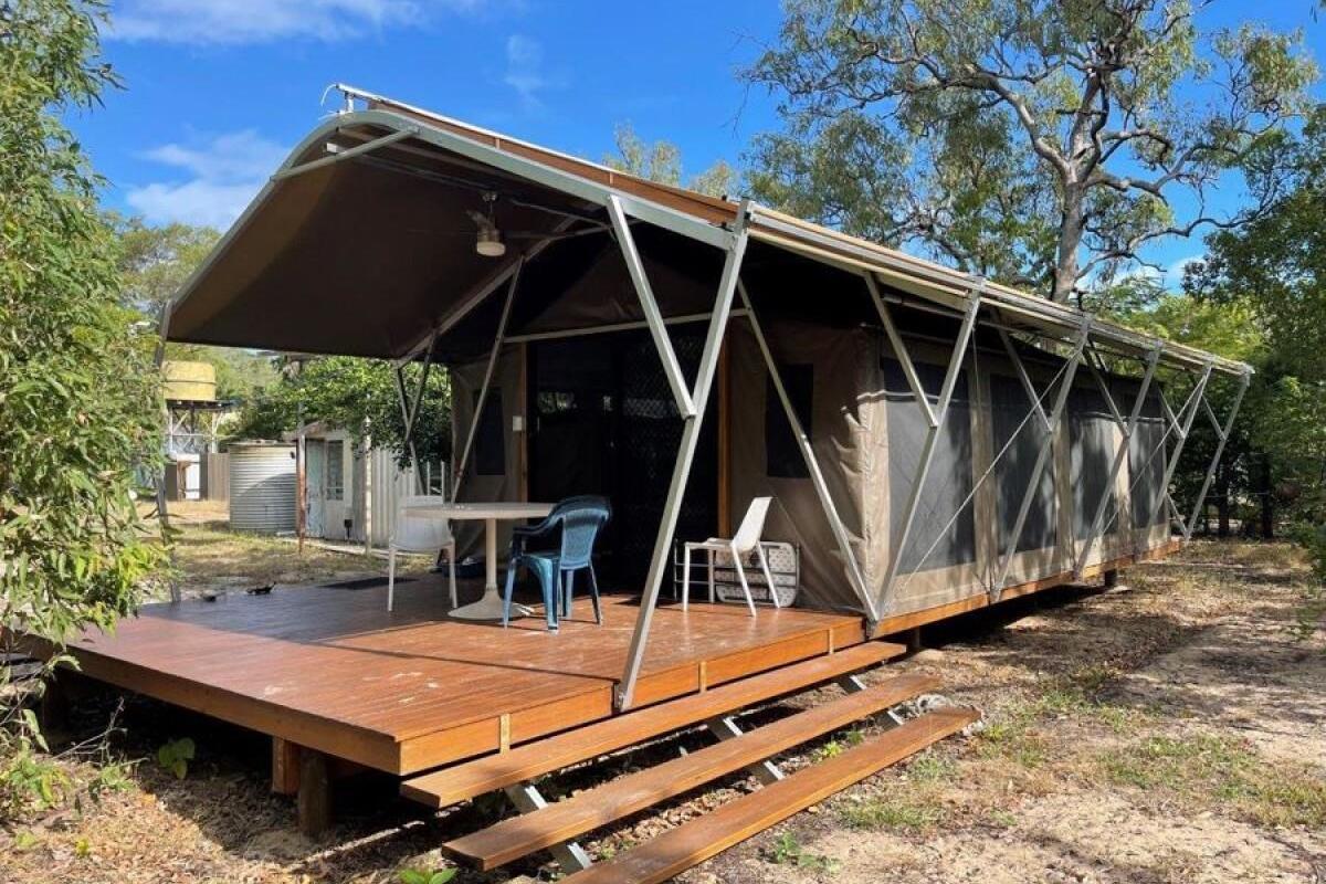 Melbourne Man Finds Genius 'Loophole' That Outsmarts Australia's Brutal Housing Market
