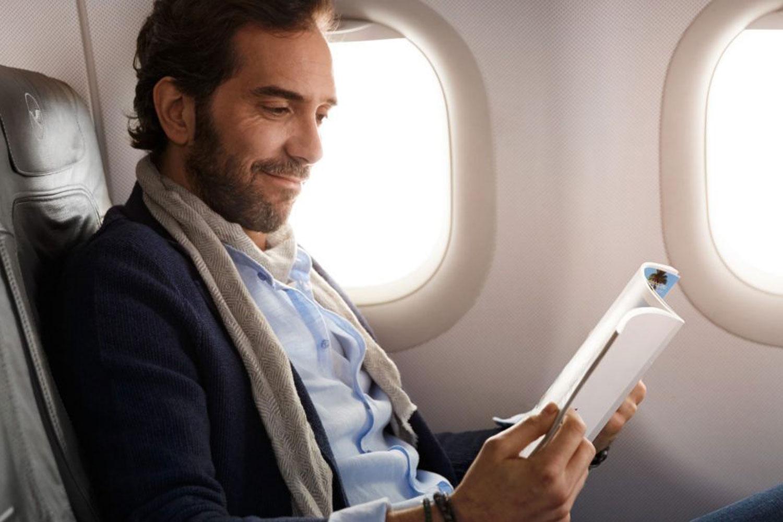 'Strange' Lufthansa Meal Leaves Business Class Passengers Perplexed